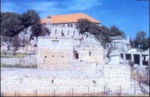 دير مار سمعان القرن، حيث عاشت القديسة رفقا