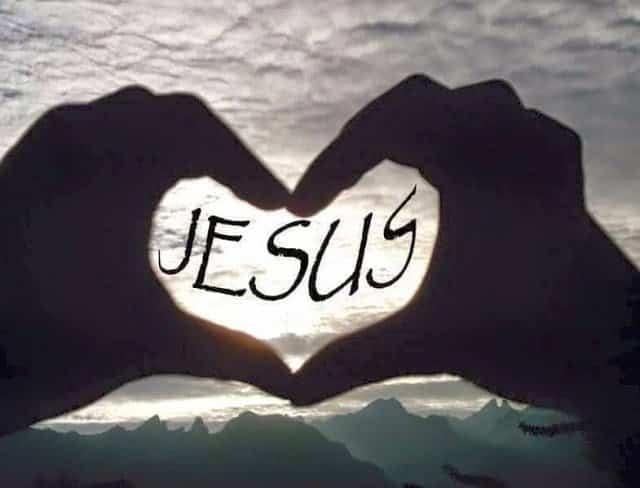علمني يا رب أن أكون إيماناً يحمل معه محبه ورجاء