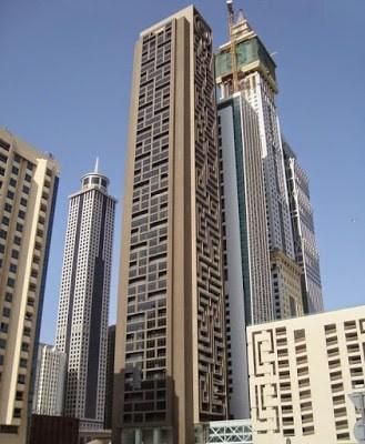 شاهد بالصور أكبر متاهة في العالم من مدينة دبي دخلت موسوعة جينيس