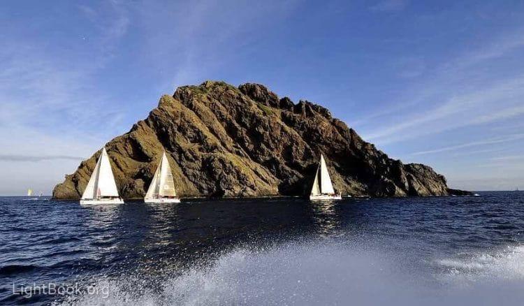 Photo of See Jabuka Island Magnetism Images and Know its Secrets
