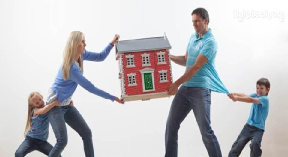 Photo of هل الطلاق هو الحل؟ 4 طرق تساعدك لإنقاذ زواجك