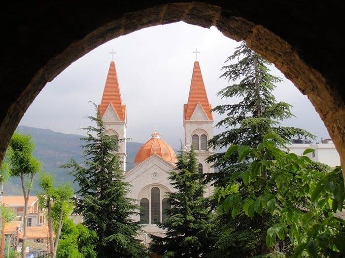 صلاة لأمنا مريم العذراء القديسة لأجل تكريس لبنان وبلاد الشرق لـ قلبها الحنون