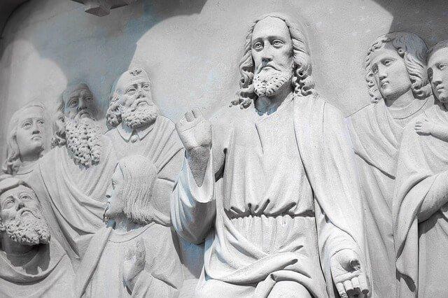 صلوات للرب يسوع المسيح لغفران الخطايا وشكره على عطاياه