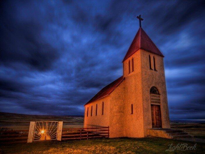 D'églises dans Le Monde-42