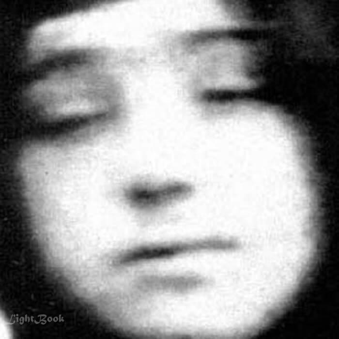Réel et Rare Photos de Saint Rafqa La Religieuse Libanaise-5