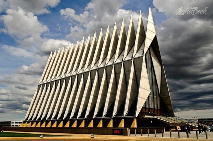 The Most Beautiful and Unusual Churches In The World-23