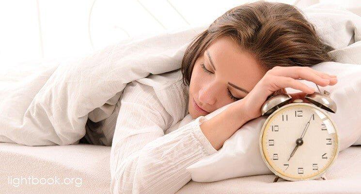 Photo of صلاة النهوض من النوم – أيها الرب الذي لا ينام افض علي بنورك